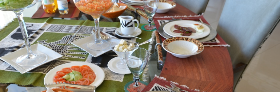 Omurenga_Dining Table.jpg